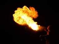 Feuershow-Massweiler-13.jpg